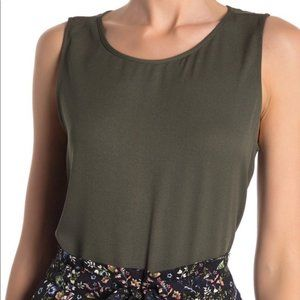 Set of FIVE (5) Sleeveless Shell Tops DR2